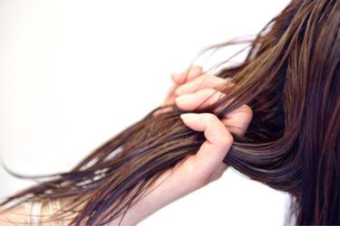 意外と知らない髪の毛の強度は鋼鉄なみ!?髪の毛は切れにくい材料でもある。